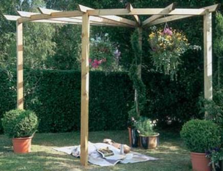 Corner pergola: Forest Garden Radial pergola kit.
