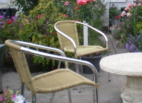 Copyright image: Patio garden furniture cafe style.