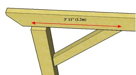 Copyright image: reducing the size of the pergola beam span by using braces.