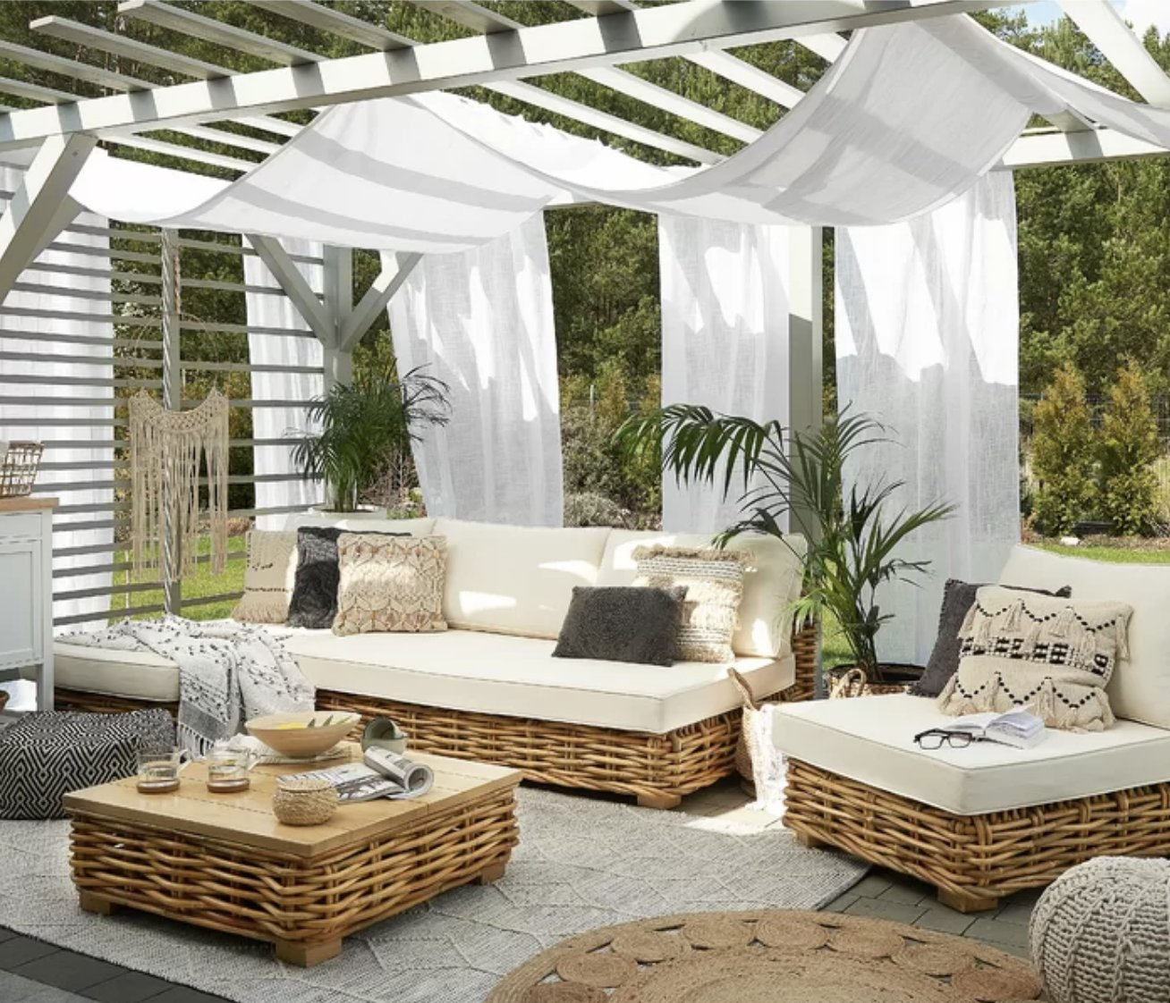 Beautiful outdoor area with canopy.